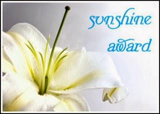 http://whatilookforina.files.wordpress.com/2013/10/c3aac-sunshine-award.jpg